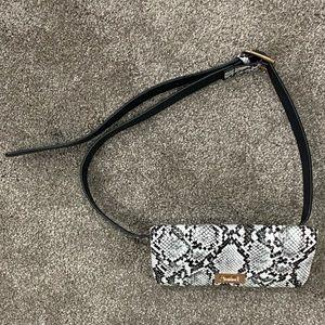 ARDENE Kylie Jenner Snakeskin Belt Bag $25 NWOT